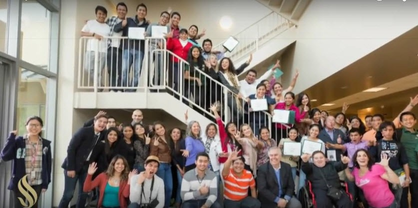 Proyecta Program Receives National Award